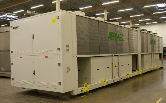 vign3_used_aermec_188_ton_air-cooled_chiller_2013a_4