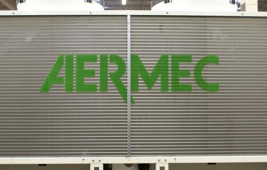 vign3_used_aermec_188_ton_air-cooled_chiller_2013a_5